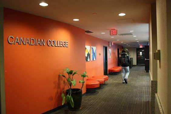 Canadian College & CCEL加拿大學院