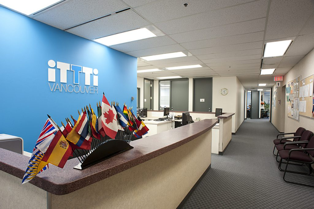 iTTTi Vancouver 溫哥華語言學校-學校內部