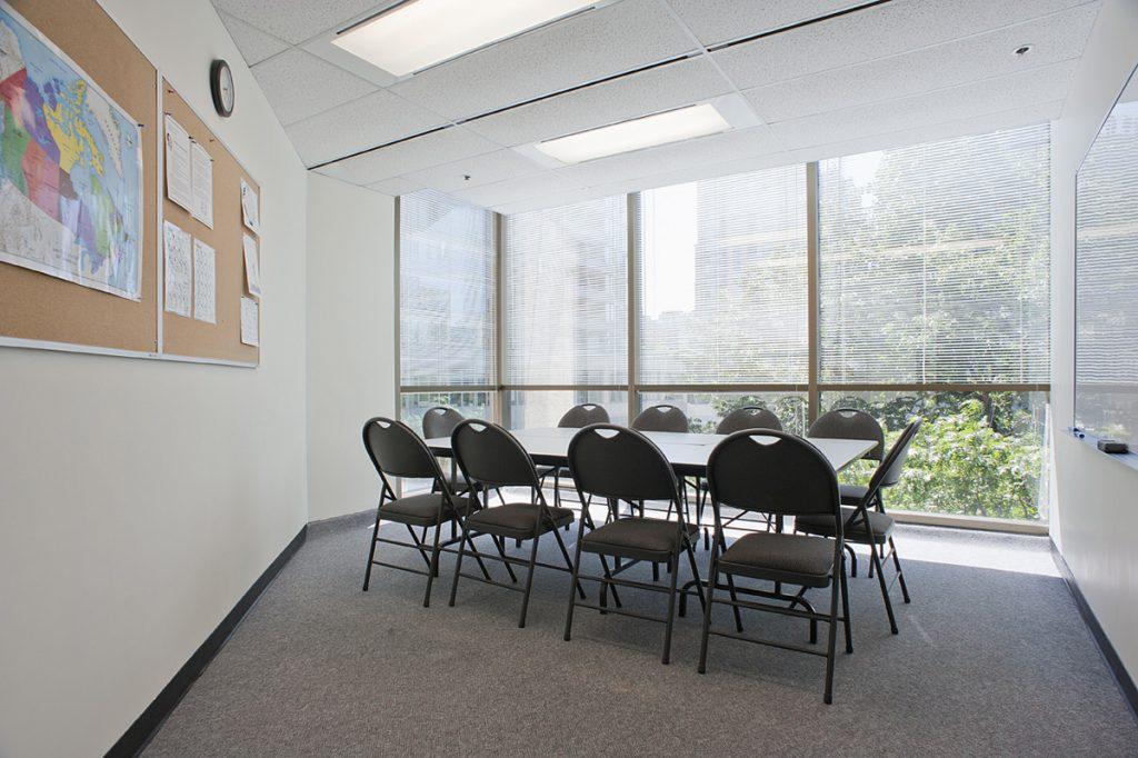 iTTTi Vancouver 溫哥華語言學校-教室