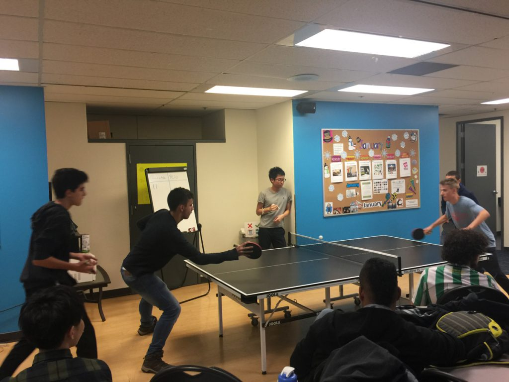 iTTTi Vancouver 溫哥華語言學校-桌球